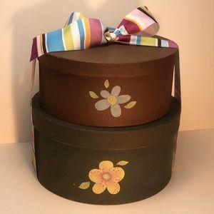 Flower Hat Box Set with Ribbon